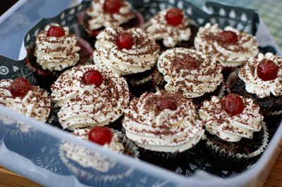 2010-11-07 - Black forest cupcakes 5