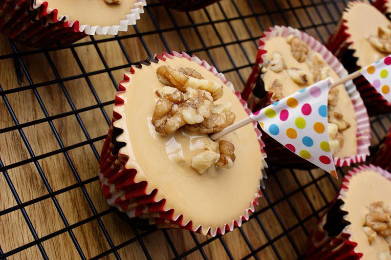 Coffee and walnut cupcakes 2