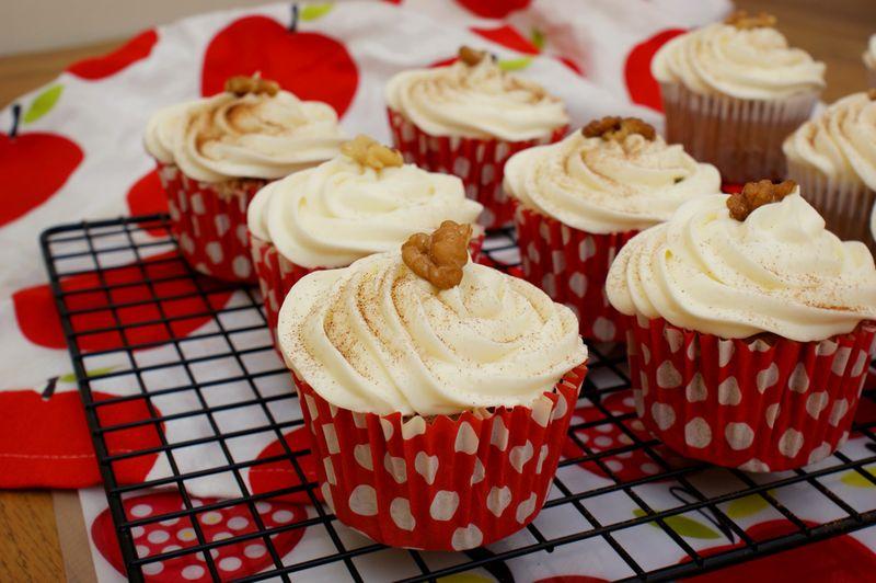 Apple walnut pecan cupcakes 3