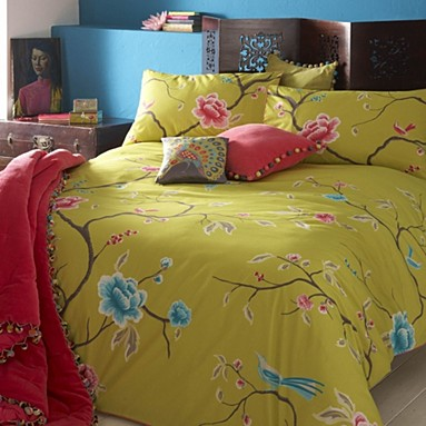 Green chinoise bedding