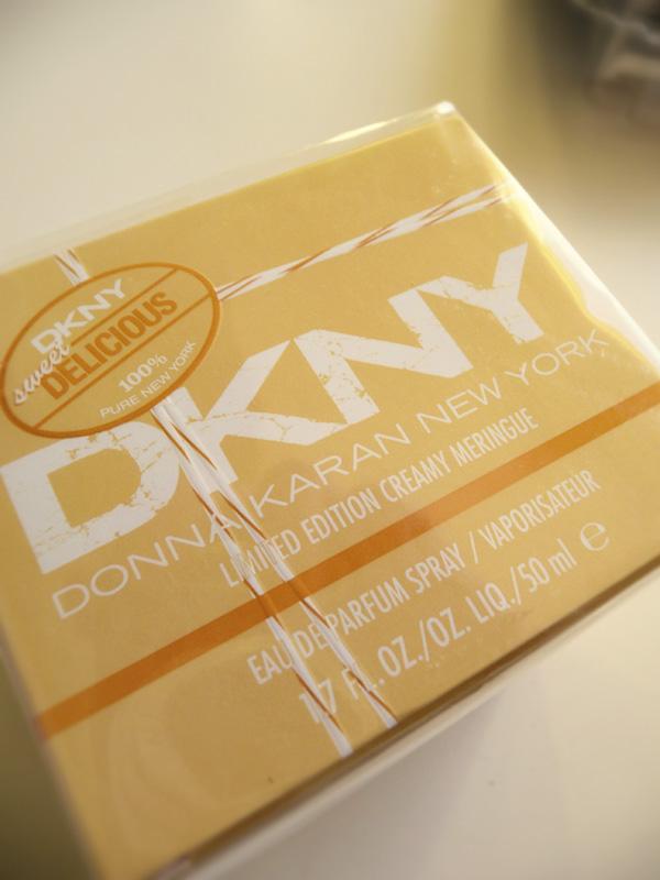 DKNY lemon