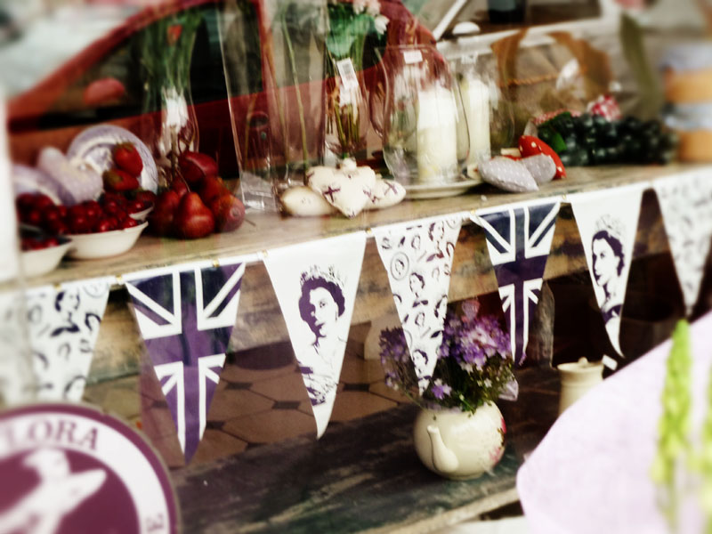 Bunting on the go