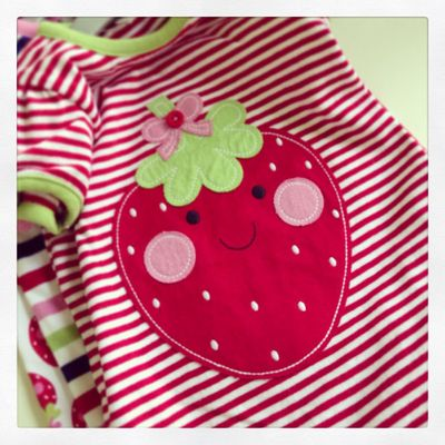 Strawberry cute_sm