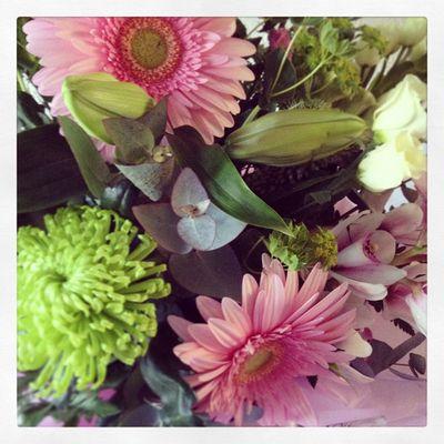 Anniversary flowers_sm