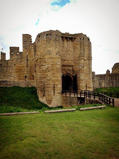 Warkworth castle_sm