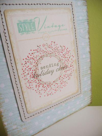 Vintage style Christmas wreath - 2013-09-20 - koolkittymusings.typepad.com