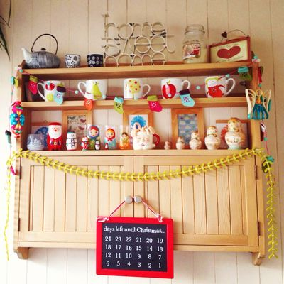 Folk shelf decked