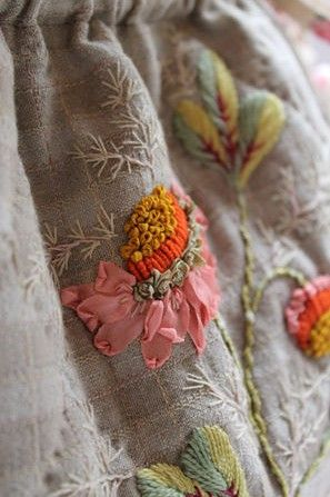 2014-16-01 - textured embroidery