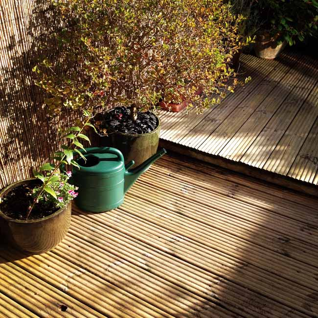Decking cleaning complete_sm