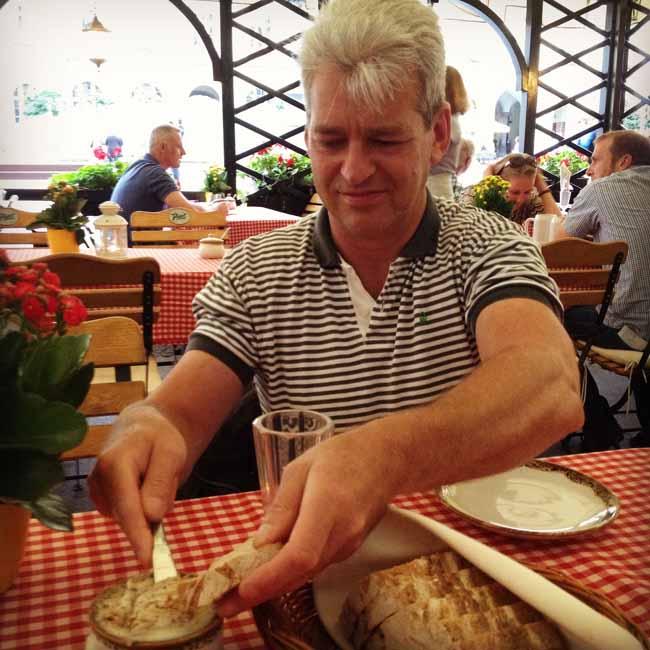 Lwow dining 1_sm