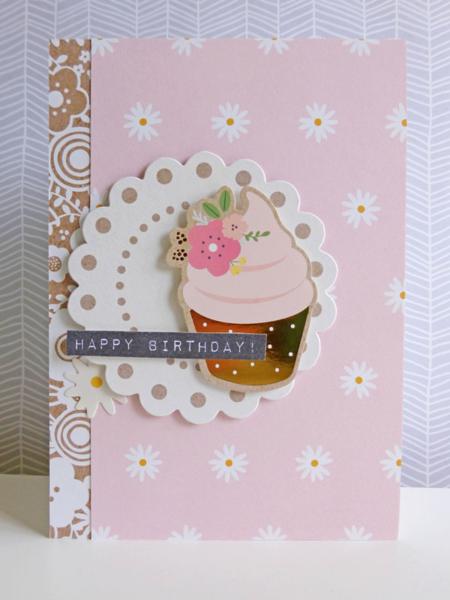 Birthday cupcake - 2016-04-21 - koolkittymusings.typepad.com