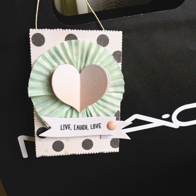 Dimensional heart tag