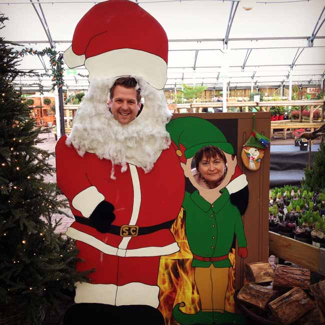 Santa and his little helper_sm